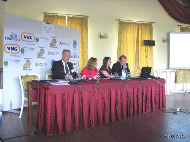 Conferinţa LOGO EAST 14 mai 2009 - poze%2Bconferinta%2B2%2B026.jpg