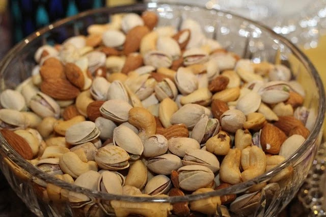 Nuts are superfoods that boost the immune system