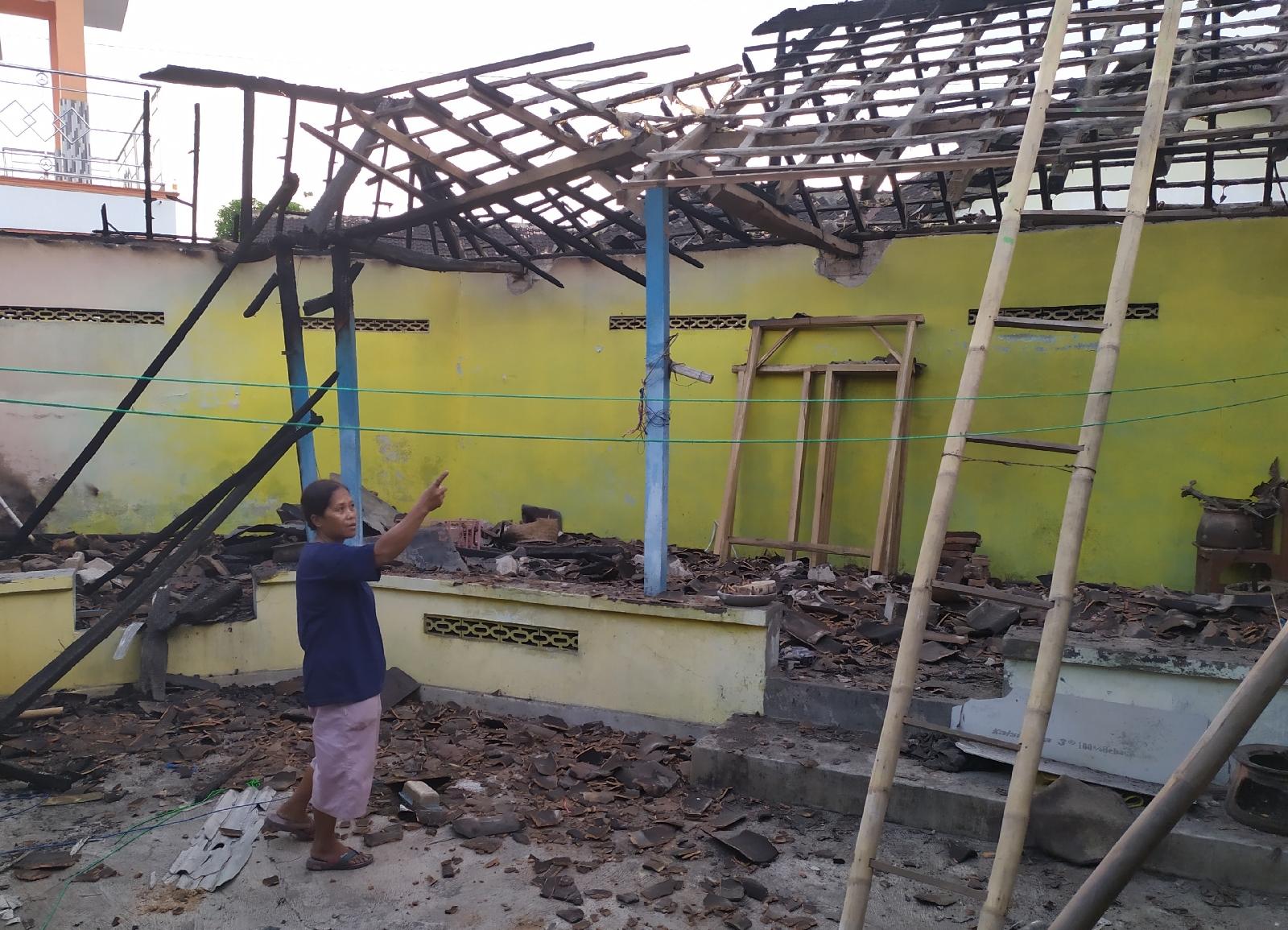 Kebakaran Rumah Di Ngriman, Asal Sumber Api Di Soal Warga