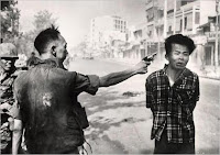 la ejecucion del guerrillero del vietcong eddie adams