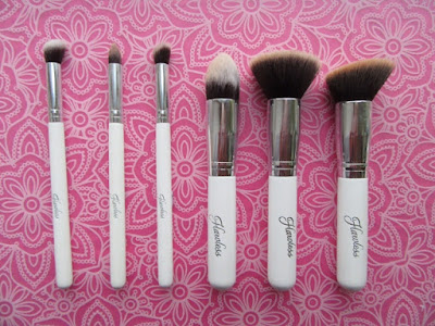 Flawless Deluxe Makeup Brush Set