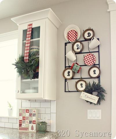 christmas kitchen mug rack