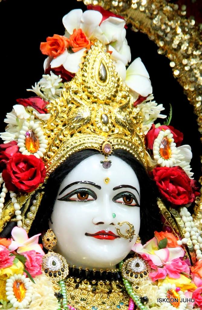 ISKCON Juhu Sringar Deity Darshan 09 Apr 16 (33)