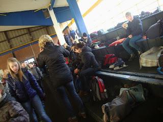 Öffentlich » Schule » Eishalle Rosenmontag 2015
