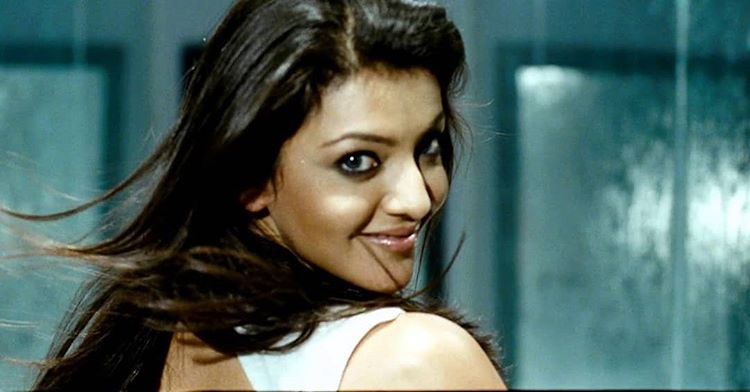 Kajal Aggarwal hot sexy face and Lips | Erotic Expressions Navel Queens