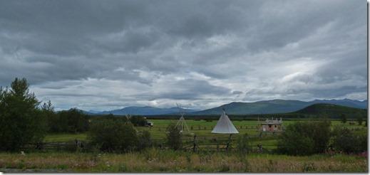 Hostel near Dezadeash Lake