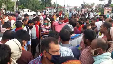 बेगूसराय: आम के बगीचे में दो युवकों की गोली मारकर हत्या, शव को छिपाने का किया प्रयास