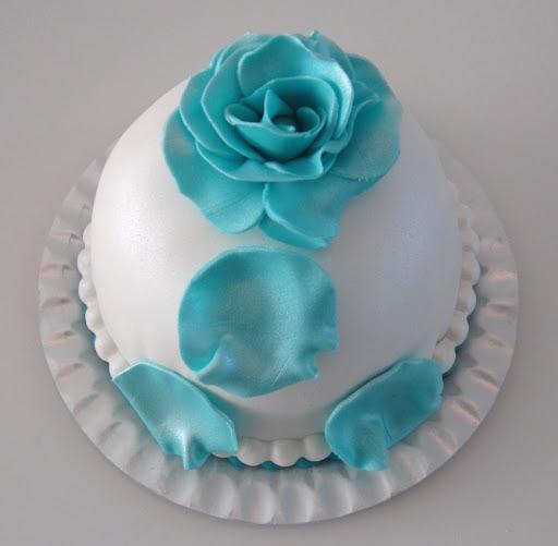 807- Roos taartje blauw met wit.JPG