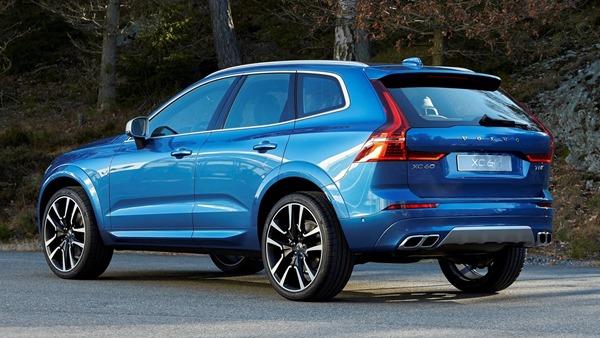 Volvo-XC60-rear