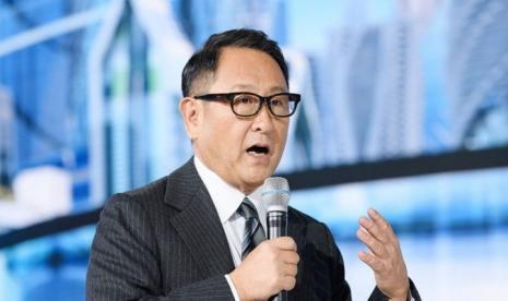 Kini Apple Rambah Bisnis Otomotif, Cucu Pendiri Toyota Beri Peringatan!