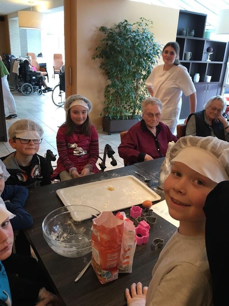 De Knetters op bezoek in het rusthuis - IMG-20180305-WA0008.jpg