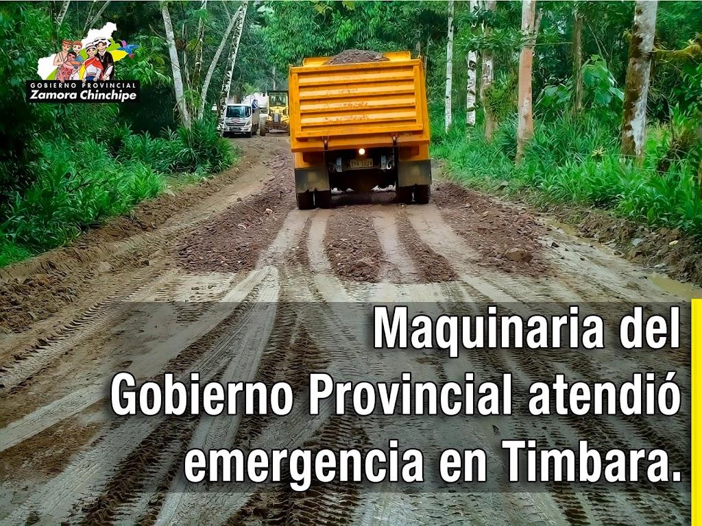 MAQUINARIA DEL GOBIERNO PROVINCIAL ATENDIÓ EMERGENCIA EN TIMBARA