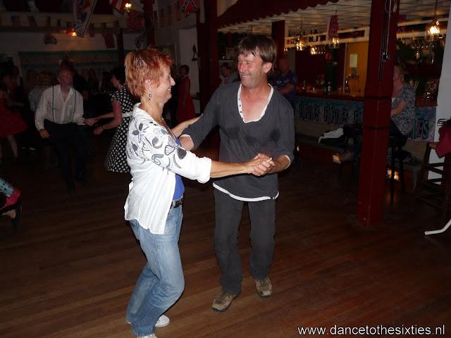 15 jaar dance to the 60's rock and roll dansschool voor danslessen, dansdemonstraties en workshops (489).JPG