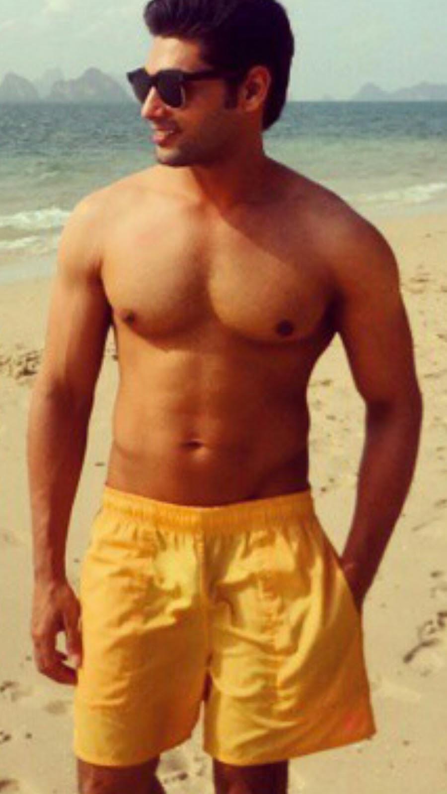 Nude Indian Male Celebrities Post 74- Ruslaan Mumtaz-2329