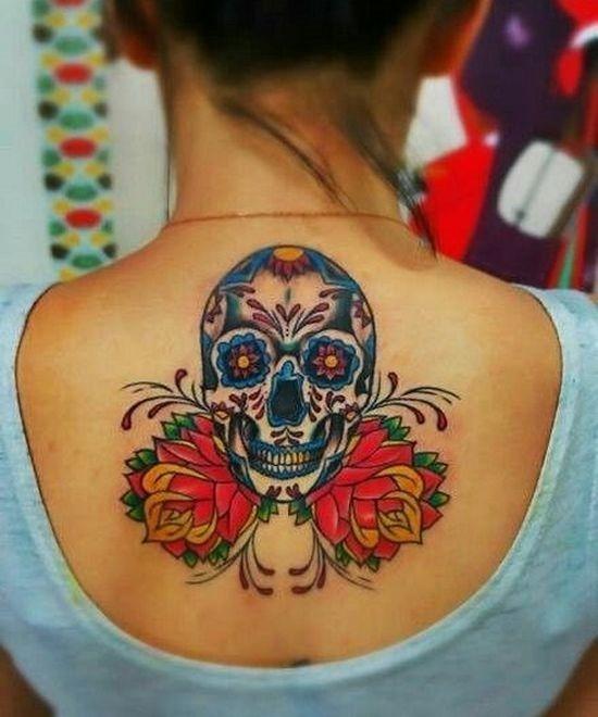 flor_de_açcar_crnio_tatuagem_nas_costas