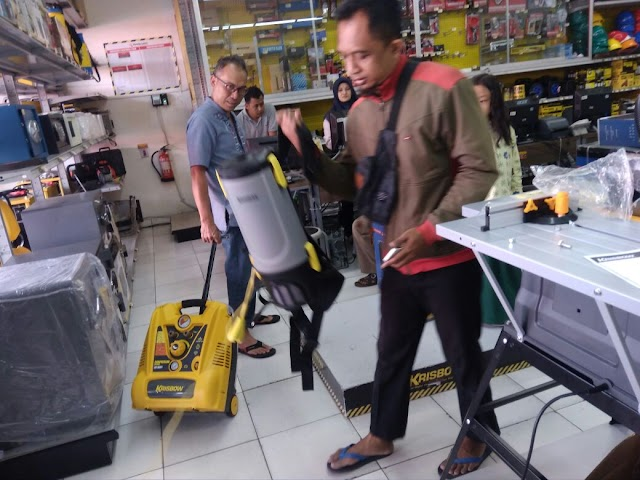 Dokumentasi dan Laporan donasi Pembelian Vacum Ransel dan Kompresor Angin
