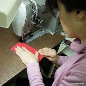 ちょっと縫う練習されてます。ご希望で、手で縫うこともできます。