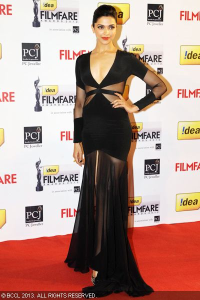 Deepika Padukone wearing Prabal Gurung creation looks sizzling hot on the red carpet at the 58th Idea Filmfare Awards 2013, held at Yash Raj Films Studios in Mumbai.Click here for:<br />  58th Idea Filmfare Awards