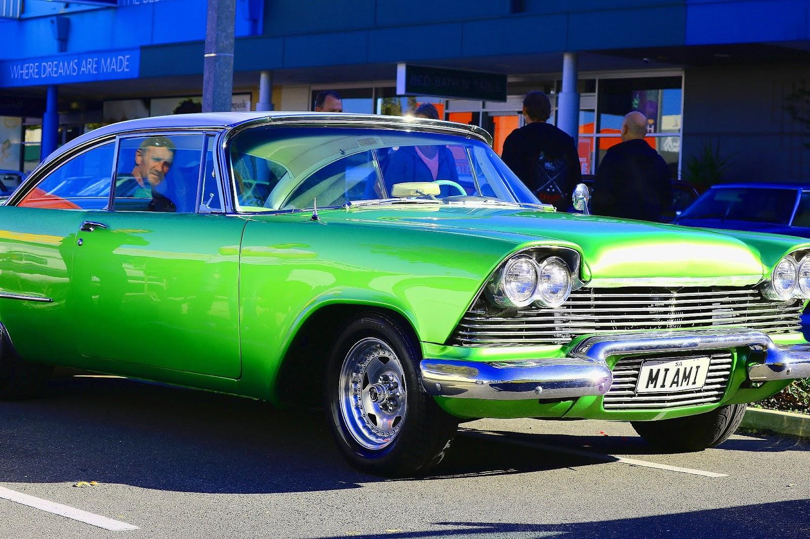 Plymouth 1959.jpg