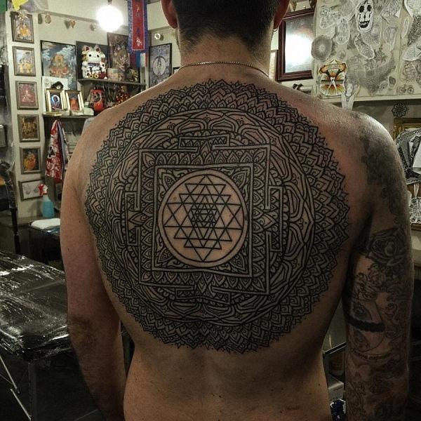 este_sopro_da_mente_volta_completa_da_tatuagem