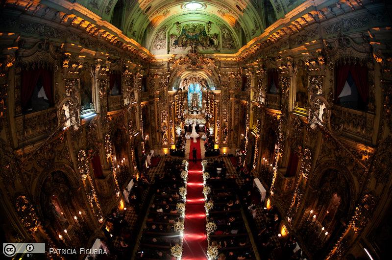 Foto de casamento 0728 de Fabiana e João. Marcações: 29/05/2010, Casamento Fabiana e Joao, Igreja, Igreja Nossa Senhora Monte do Carmo, Rio de Janeiro.