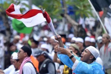 Merumuskan Hubungan Ideologi Nasional dan Agama