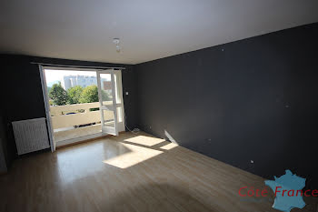 appartement à Givet (08)