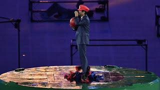 Le premier ministre japonais s'est pointé déguisé en Super Mario à la cérémonie de clôture des JO