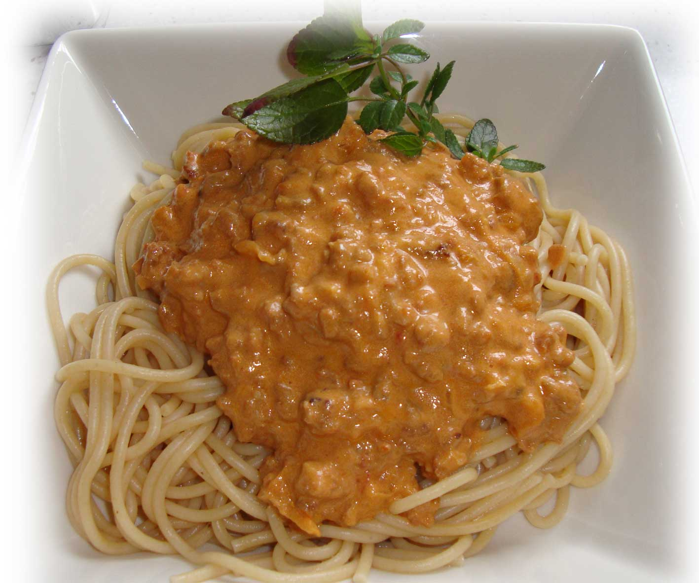 Recetas f ciles y r pidas espaguetis integrales con salsa - Salsa de tomate y nata ...