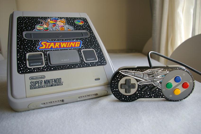Super Nintendo customisé au posca.