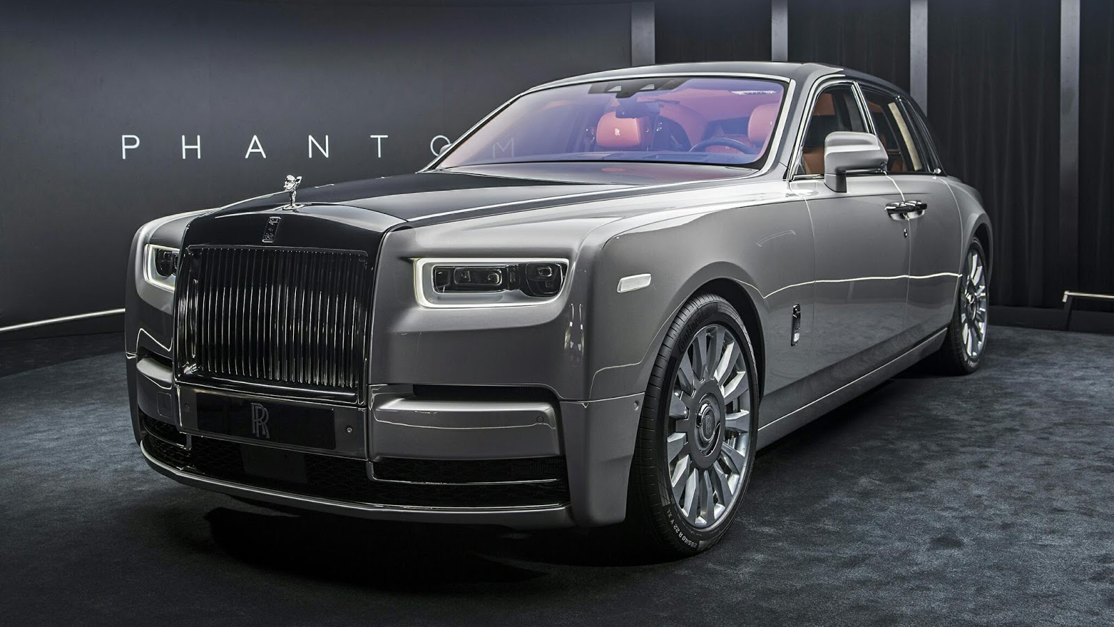 2018 rolls royce phantom viii unveiled. Black Bedroom Furniture Sets. Home Design Ideas