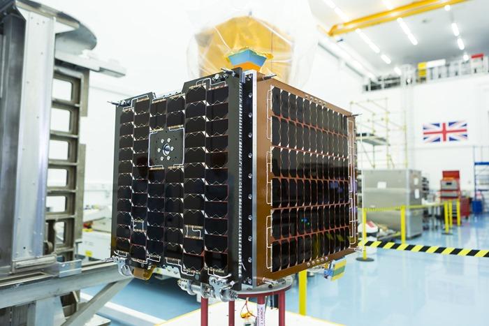 CARBONITE-2-Satellite-ISRO-UK-MOD-Military-001