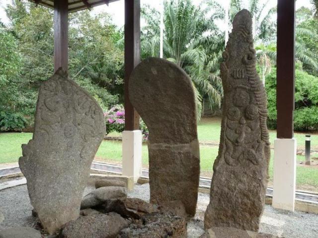 Batu-Megalith-Megalithic-Stones