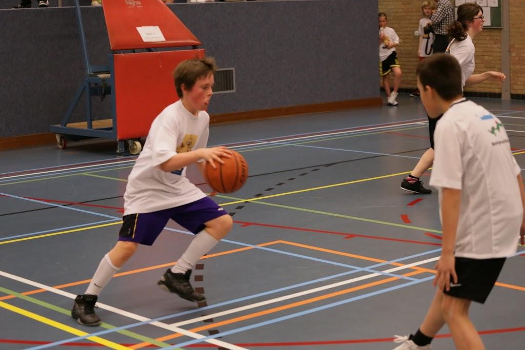 Basisschool toernooi 2013 deel 2 - IMG_2522.JPG