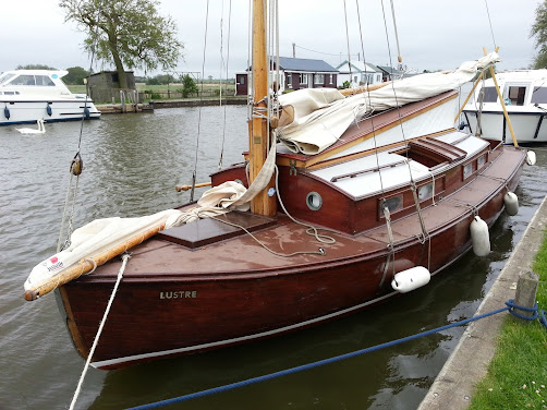 1930s norfolk broad yacht