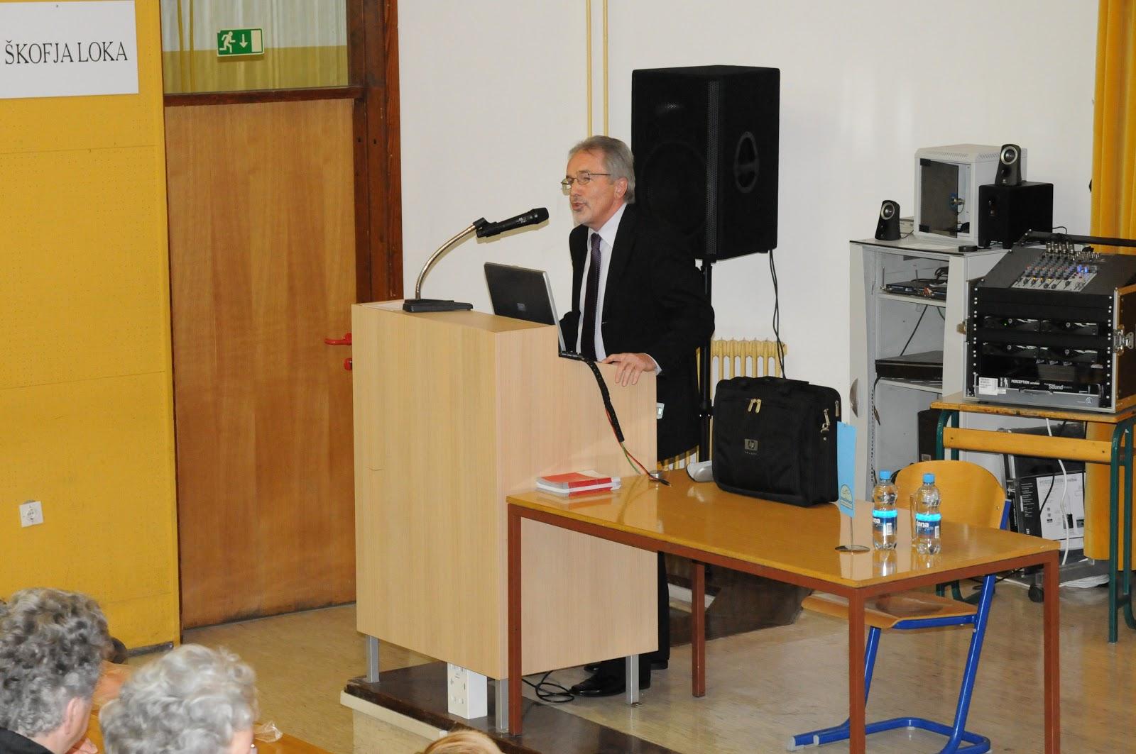 Predavanje, dr. Camlek - oktober 2011 - DSC_3866.JPG