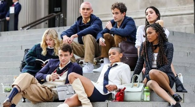Reboot de Gossip Girl Criador explica porque os personagens da série original não estarão nesta primeira temporada