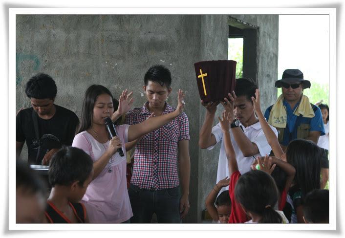 2012. 11. 18. 필리핀 건축선교 (17).jpg