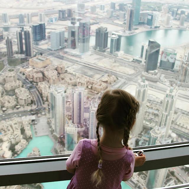 Burj Khalifa ja Dubai lasten kanssa