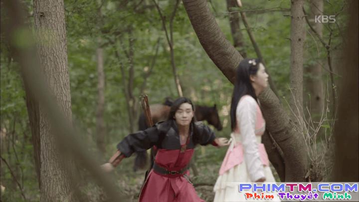 Hwarang: Vừa nói yêu Go Ara, Park Seo Joon lĩnh ngay một mũi tên chí mạng - Ảnh 14.