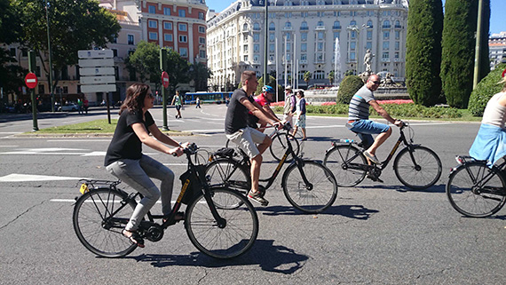 El Paseo del Prado para los ciclistas y los peatones