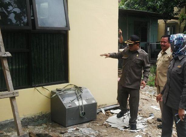 Komisi IV DPRD Ngawi Rekom Agar Rekanan Proyek Renovasi Puskesmas Pitu Untuk Di Blacklist