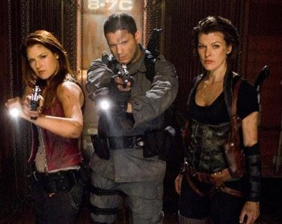 Claire, Chris e Alice em Resident Evil: Recomeço