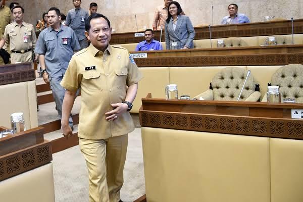 Gagal Ungkap Kasus Novel, Tito Karnavian Dinilai Tidak Layak Jadi Menteri
