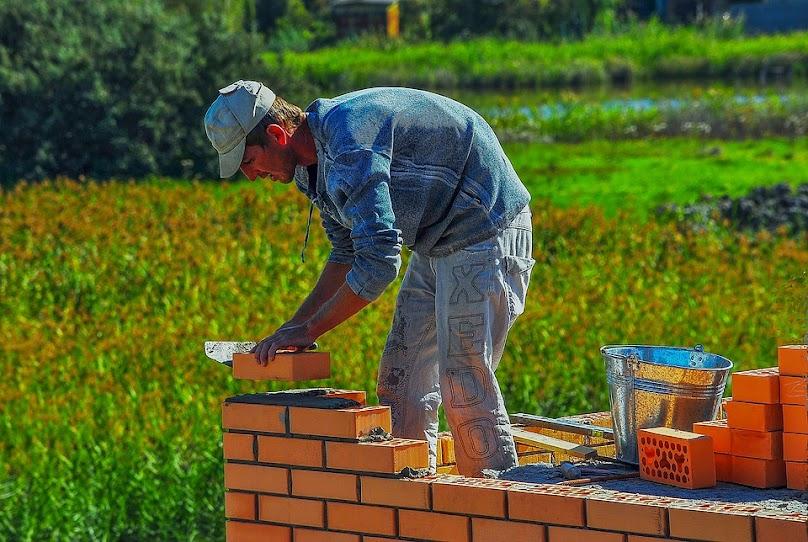 Dom bez pozwolenia - jak wybudować?