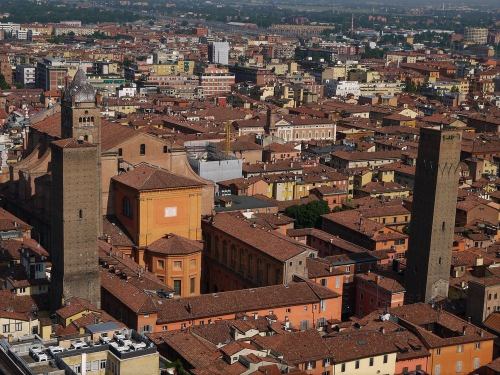 towers-of-bologna-5
