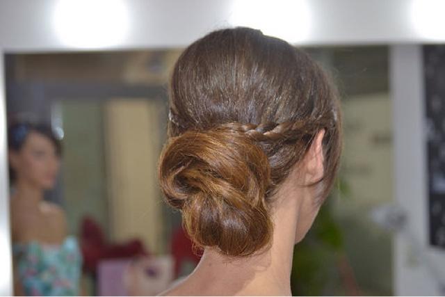 Estilismos: peinados, maquillajes, vestidos... para invitadas de bodade día.