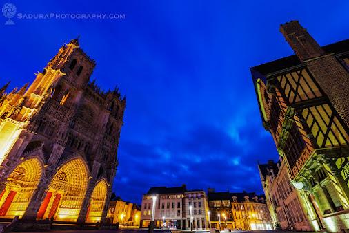 Place Notre-Dame in Amiens Amiens, Nord-Pas-de-Calais-Picardy, France  saduraphotography.com  #Amiens...
