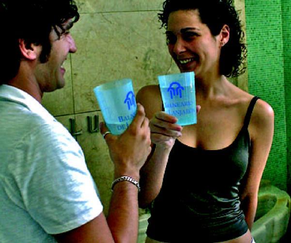 04-Agua en bebida.jpg