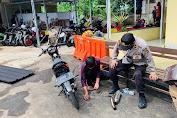 Personil Polreskota Sukabumi Hentikan Laju Pengendara ABG yang Memakai Knalpot Bising